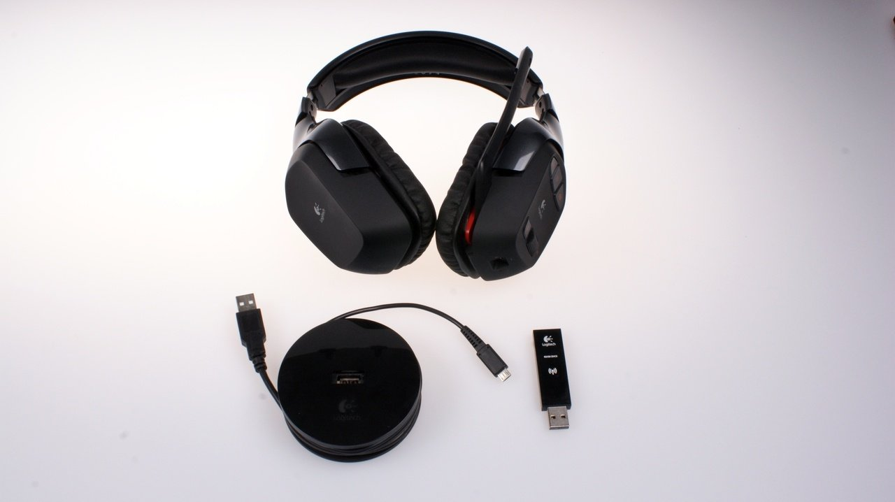 logitech g930 funk headset mit raumklang gamestar. Black Bedroom Furniture Sets. Home Design Ideas