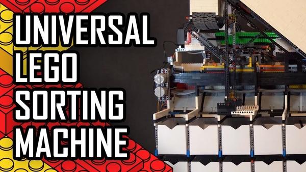 Künstliche Intelligenz - Maschine aus Legosteinen sortiert Legosteine per KI